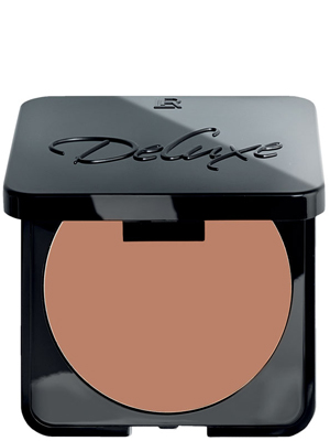 Compact Foundation 4. Dark Beige.